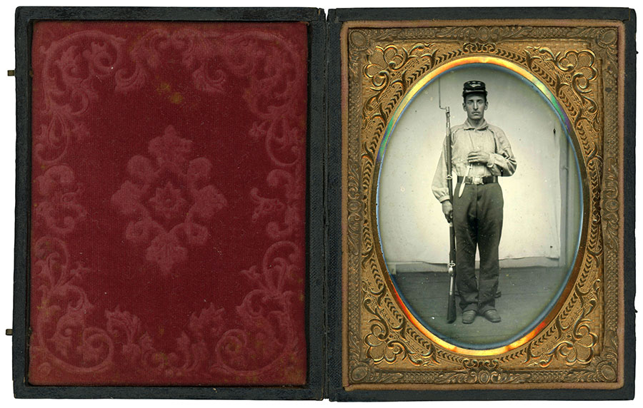Quarter-plate ambrotype by an anonymous photographer. Dan Binder collection.