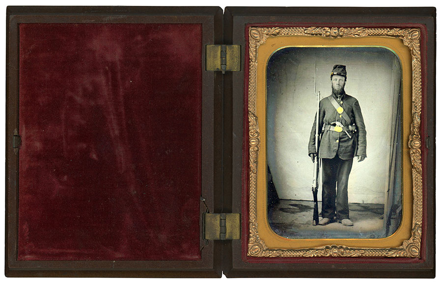 Quarter-plate tintype by an anonymous photographer. Dan Binder collection.