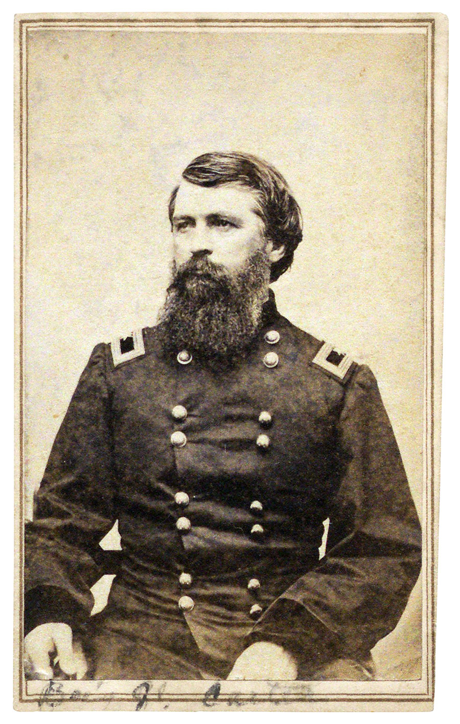 Gen. Carter sat for this carte de visite in Schleier's Knoxville gallery; he signed his name and date, May 25, 1864, on the back. The Gilder Lehrman Institute of American History.