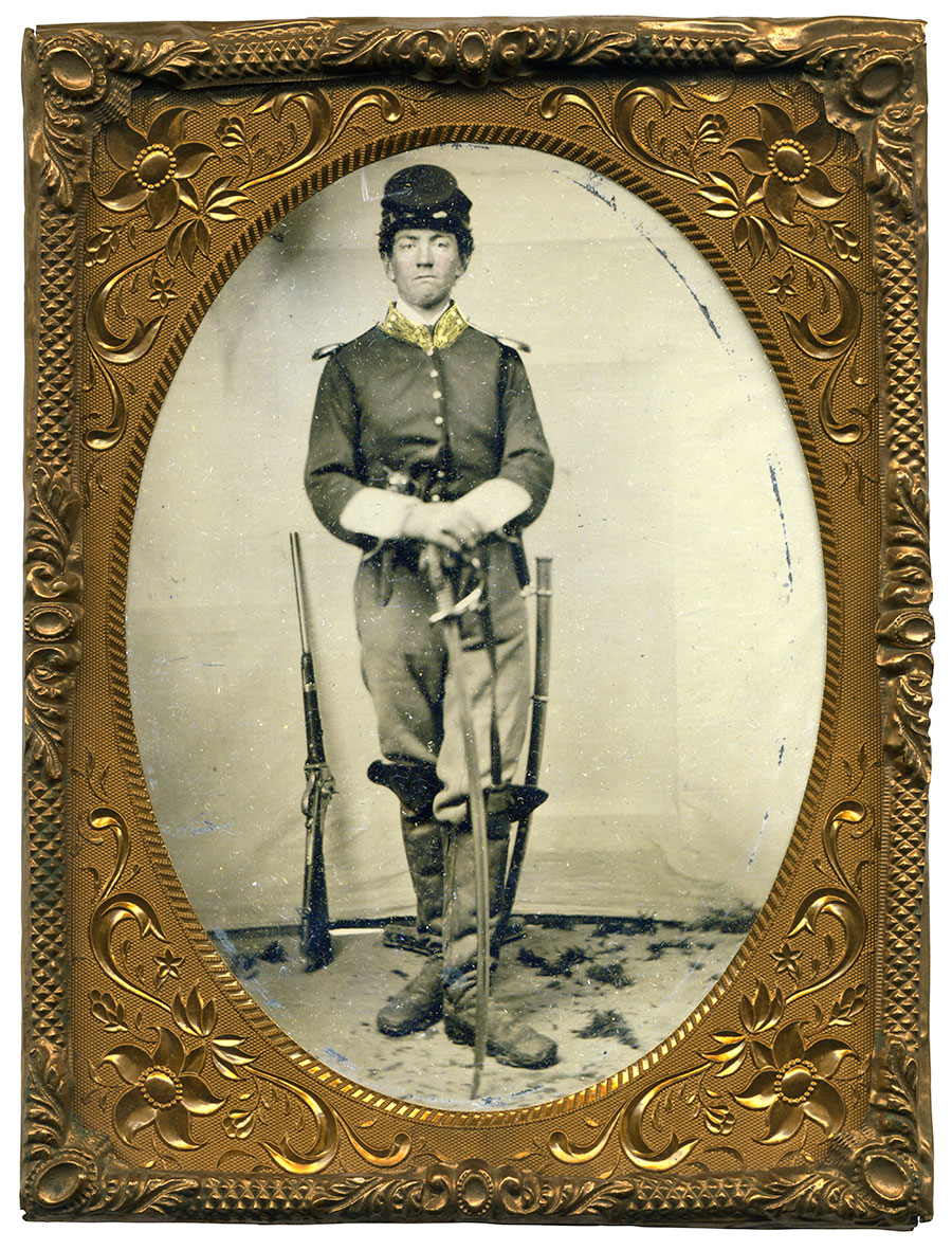 Quarter-plate tintype by an anonymous photographer. Ronn Palm collection.