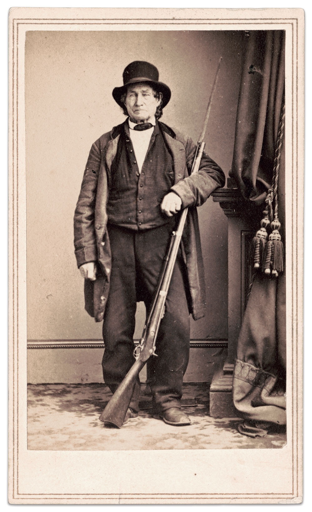 """John Lawrence Burns (1793-1872) became a celebrity known as the """"Old Hero of Gettysburg"""" across the north. Carte de visite by Mathew B. Brady of New York and Washington, D.C."""