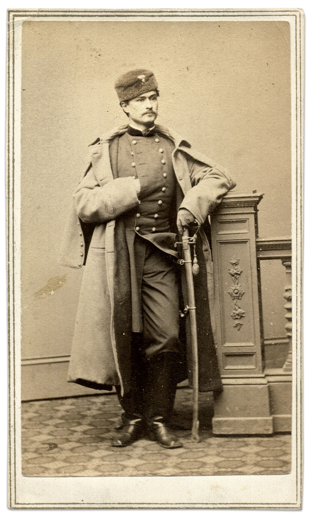 Hubert Anton Casimir Dilger of the 1st Ohio Light Artillery, dated Feb. 23, 1864, on the back of the mount. He poses here without his trademark leather breeches, in favor of the regulation uniform of a major, a rank he earned by brevet. Carte de visite by Charles D. Fredricks & Co. of New York City. Rick Carlile Collection.