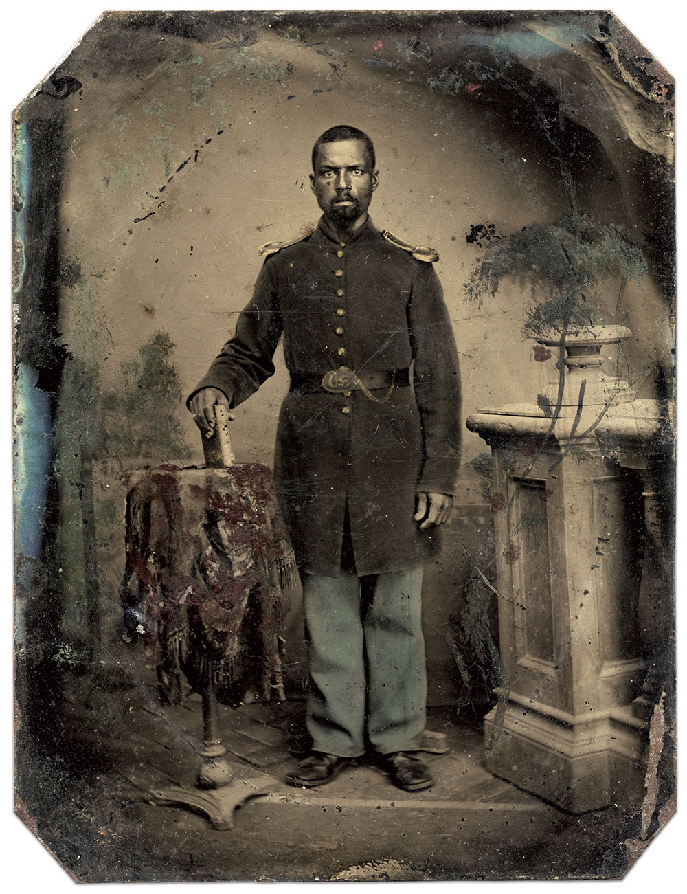 Quarter-plate tintype by an anonymous photographer. Ronald S. Coddington Collection.