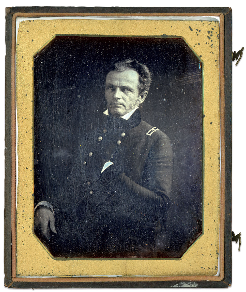 Half-plate daguerreotype by an anonymous photographer.