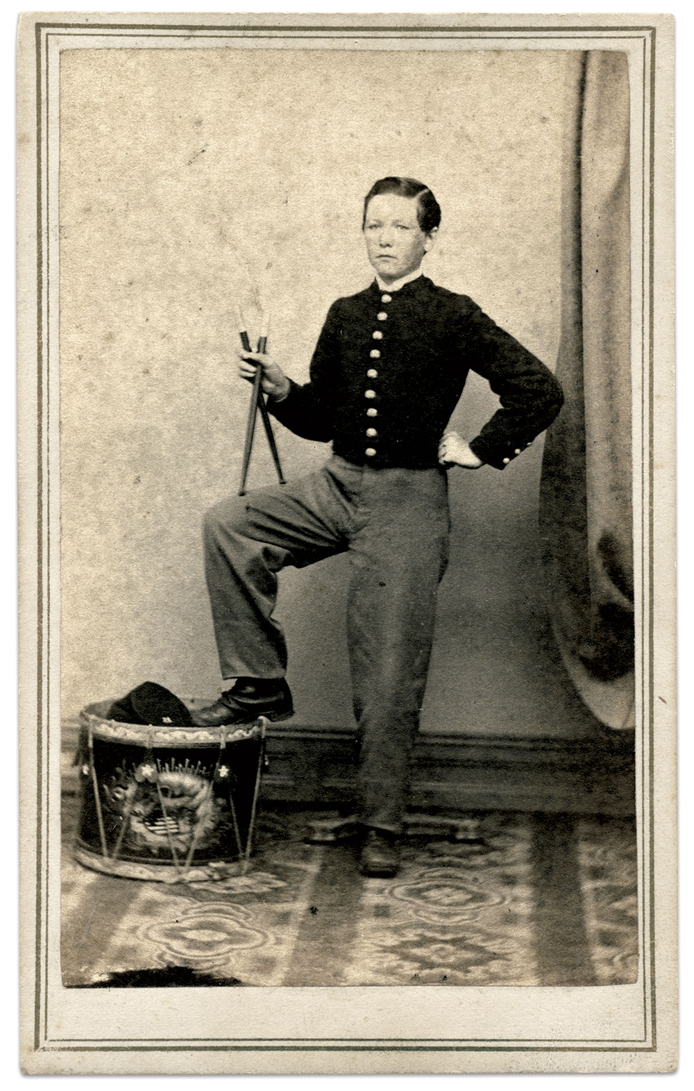 Carte de visite by M.W. Emerson of Lowell, Mass.  Bill Rodio Collection.