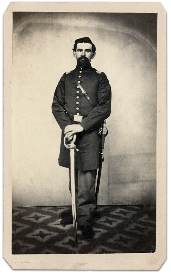 Capt. Thomas Whiting, 89th Illinois Infantry. Carte de visite by Edgar Codding of Knoxville, Ill. Anonymous Collection.