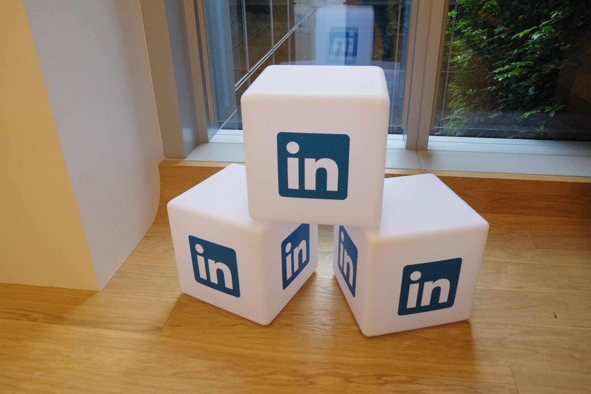 Linkedin es una de las mayores Redes sociales profesionales.