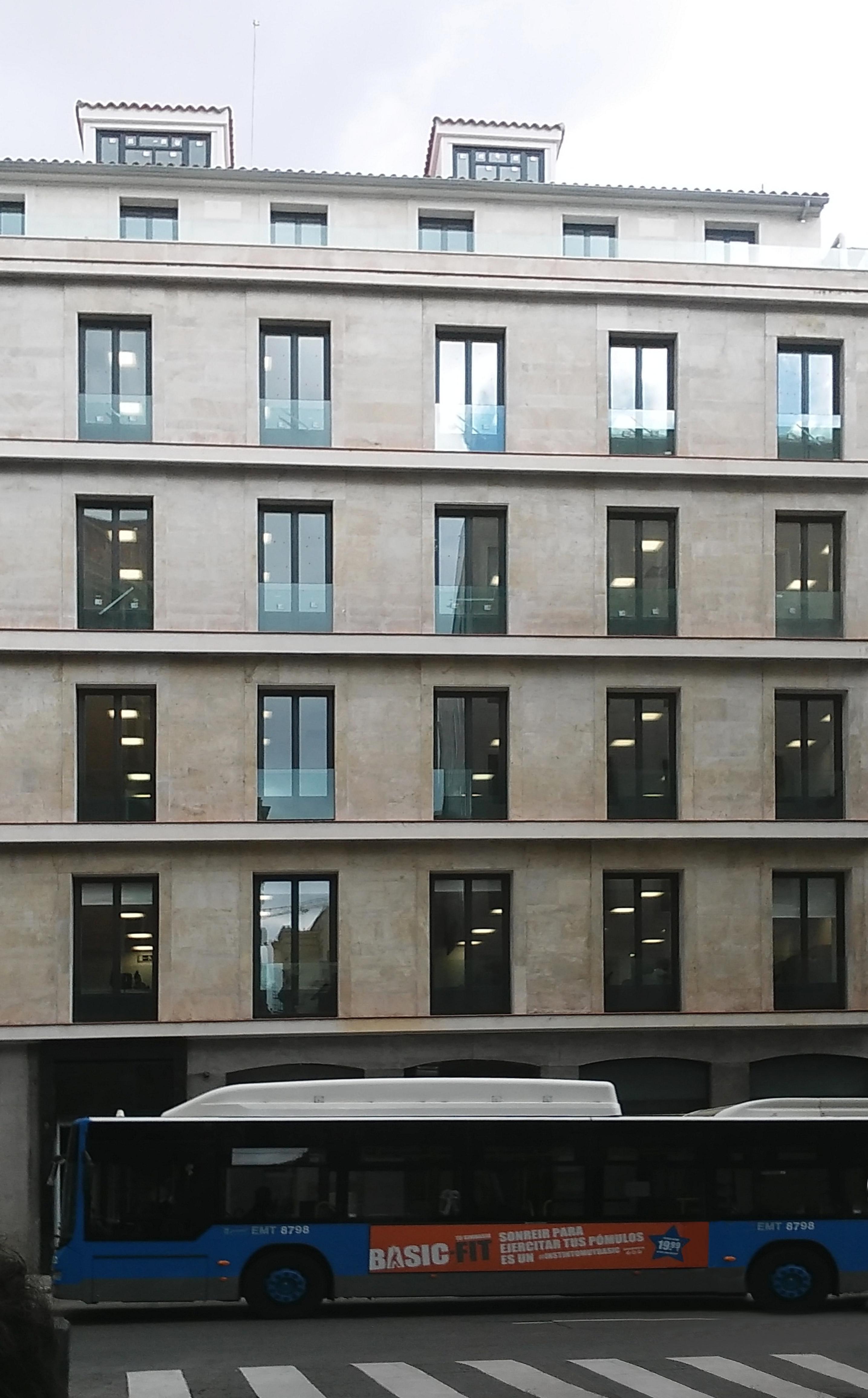 Sistema inmótico SÉQIA gestiona la iluminación de la sede de Catalana Occidente en Madrid.