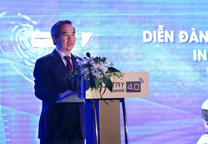 Head of the Party Central Committee's Economic Commission Nguyen Van Binh at the summit (Photo: VNA)