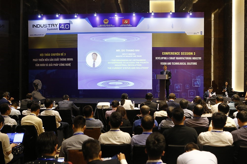 At the symposium(Photo: VNA)