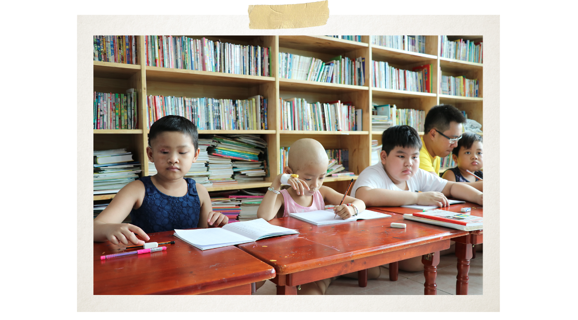 The classroom covers only 25 sq.m. in the pediatric internal medicine department No. 3 of the Ho Chi Minh City Oncology Hospital (Photo: VietnamPlus)