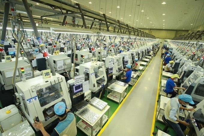 Dây chuyền sản xuất linh kiện điện tử. (Ảnh: Hoàng Hùng/TTXVN)
