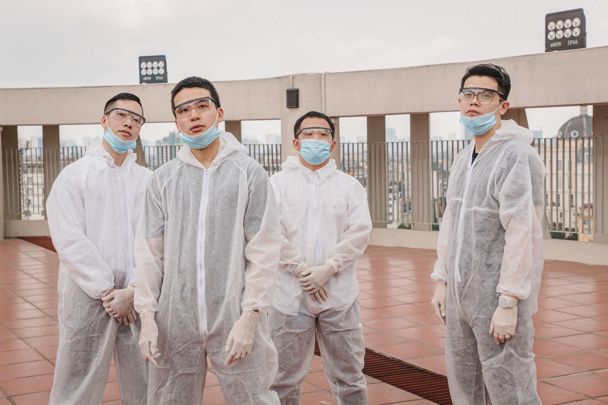 DaLab 说唱音乐团表演的《对虚假新闻说不》歌曲在新冠肺炎疫情中已创造出良好的效应。图自Vietnam+