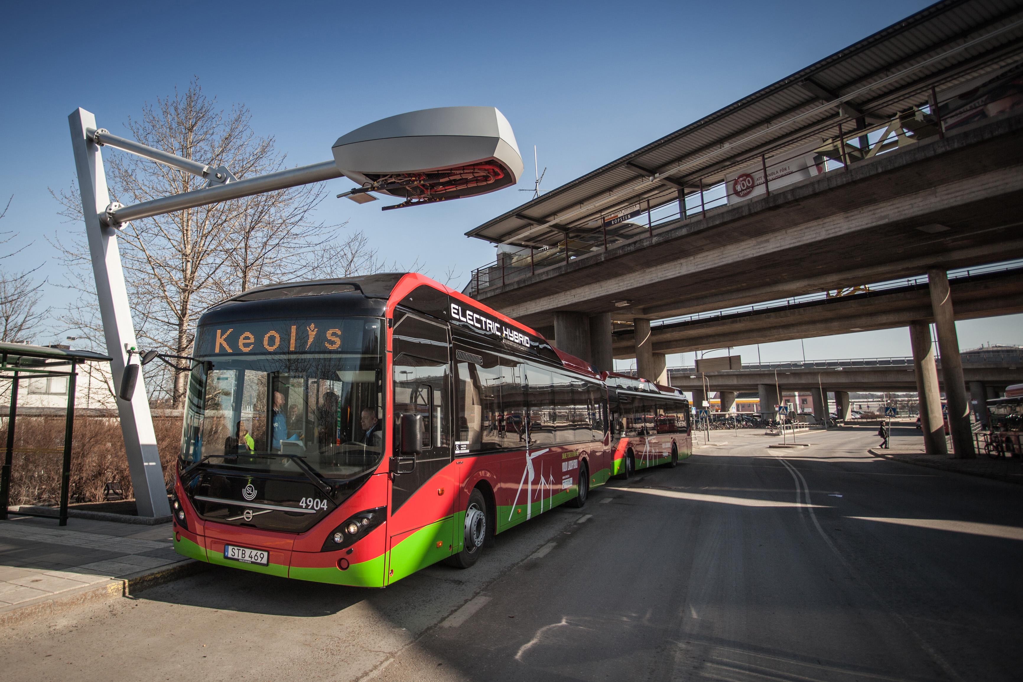 Xe buýt điện ngày càng phổ biến ở các đô thị trên thế giới.