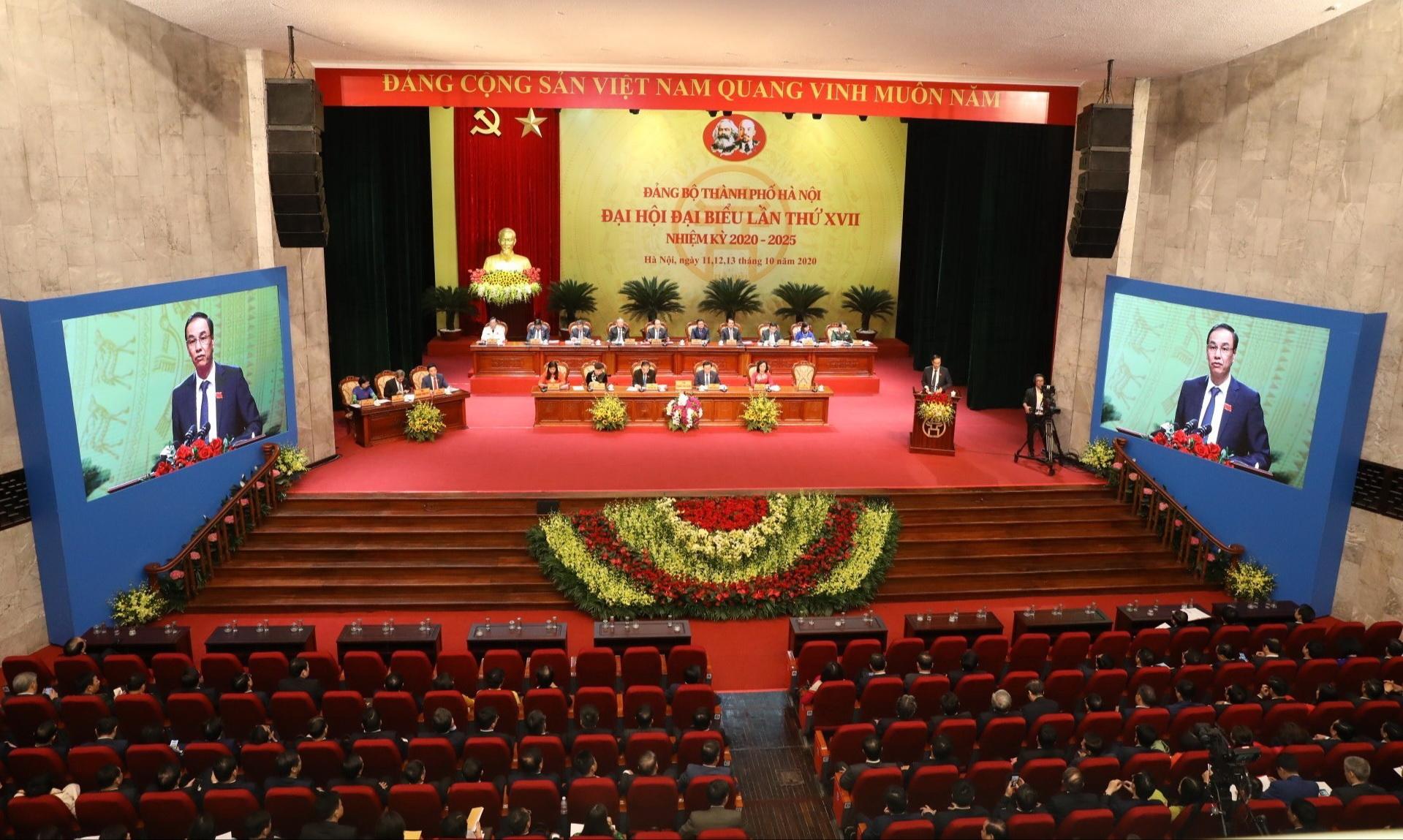 Phiên trù bị Đại hội đại biểu lần thứ XVII Đảng bộ thành phố Hà Nội. (Ảnh Văn Điệp/TTXVN)