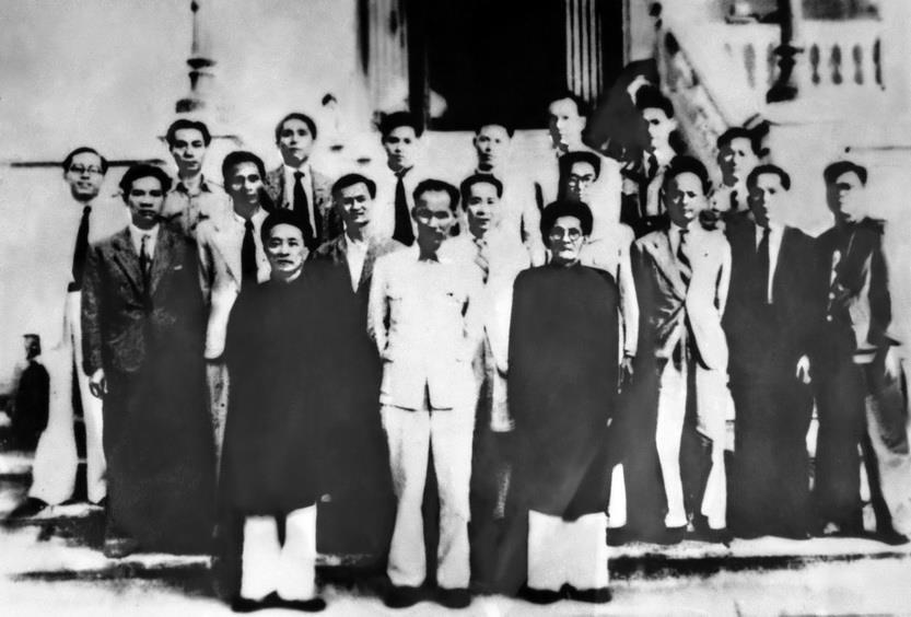 Chính phủ nước Việt Nam Dân chủ Cộng hòa được Quốc hội khoá I, kỳ họp thứ hai (28/10-9/11/1946) bầu ra. (Ảnh: Tư liệu TTXVN)